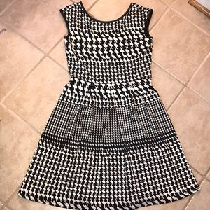 Houndstooth Fit and Flare Dress. Size 10